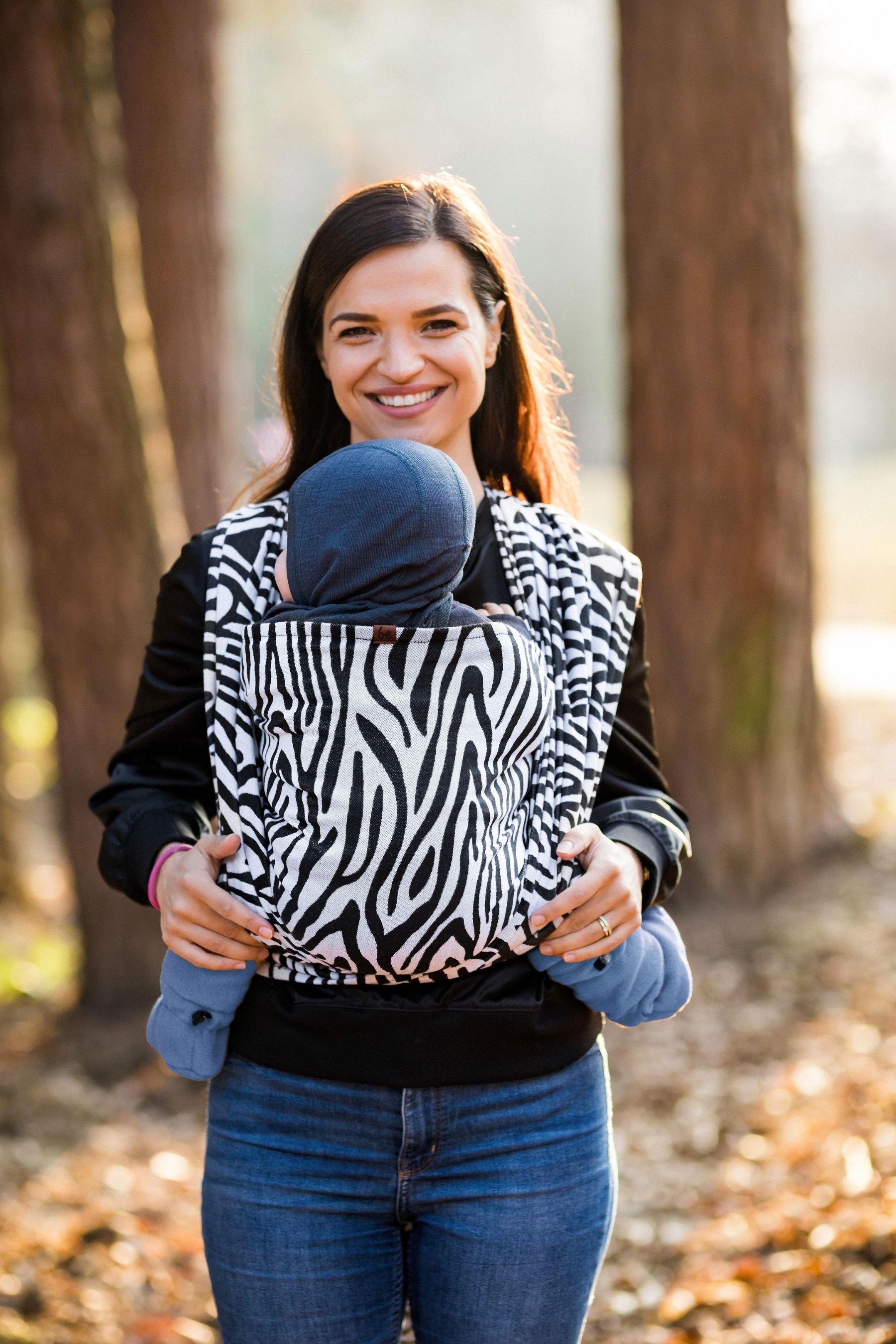 Levně Šátek Be Lenka Zebra - Black & White 4,2 m